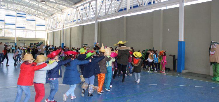 La Escuela Profesional celebra un desfile de Carnaval