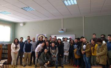 Los alumnos de Ciclos Formativos presentan sus proyectos de empresa a Multipaterna