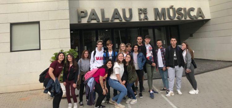 Alumnos de 4º de ESO ven ensayar a la orquesta de Valencia en el Palau de Música