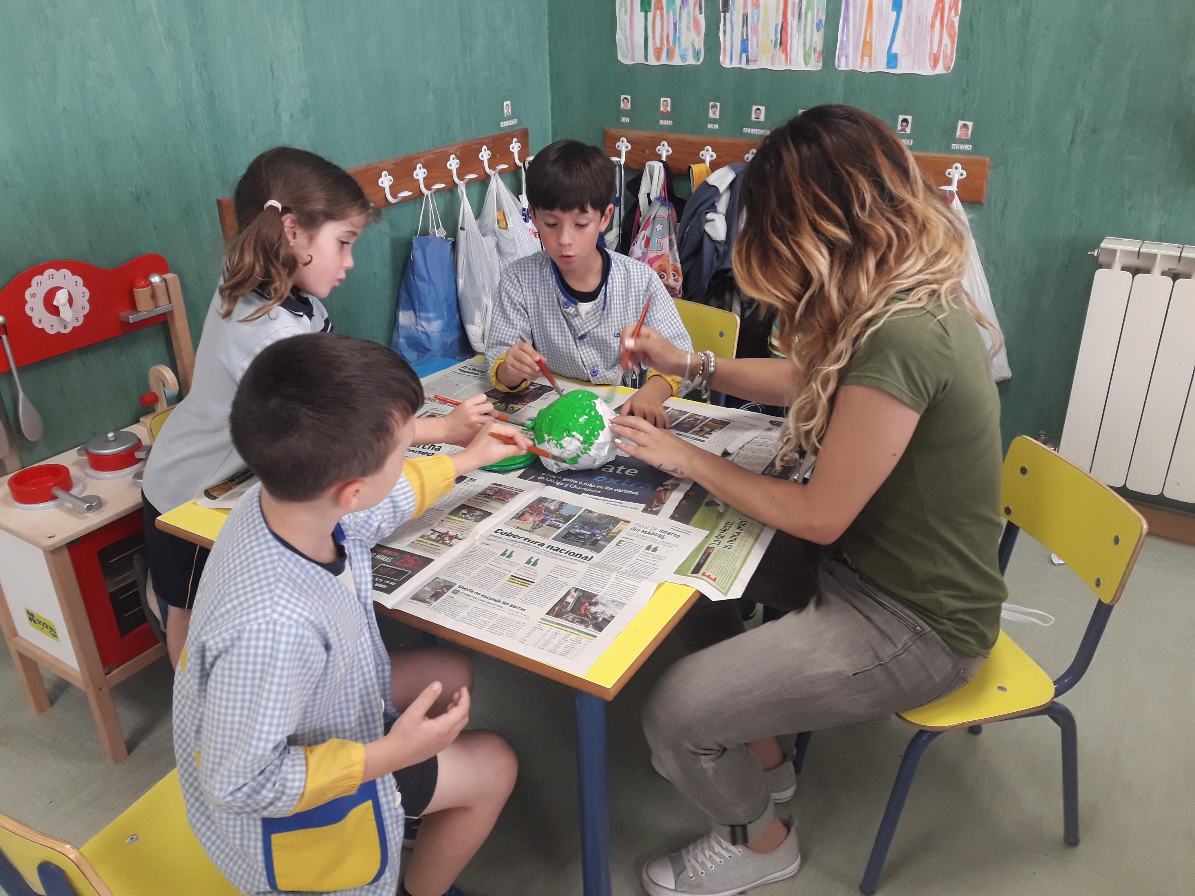 Alumnos de infantil trabajan la tristeza en el Proyecto Escolar sobre emociones