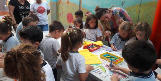 Los alumnos de infantil celebran el 9 de octubre