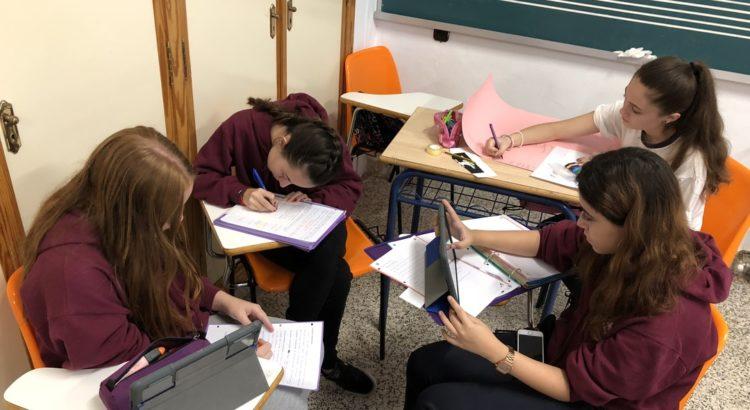 Ipads en las aulas de la Escuela Profesional La Salle y la Escuela Infantil Desamparados