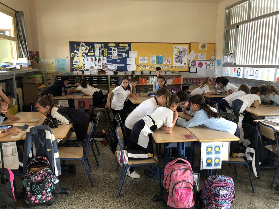 En primaria se suman al uso de iPads en clases de inglés