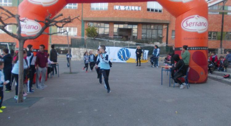 La Escuela Profesional La Salle celebra la IV Carrera Solidaria por el Día Escolar de la No Violencia y la Paz