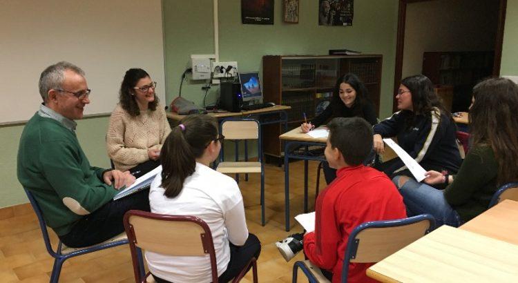 Delegados de primaria y secundaria se reúnen con el Equipo Directivo para hablar de mejoras medioambientales