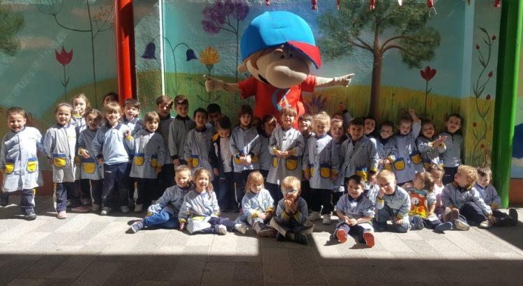 Vitamin visita la Escuela Infantil Desamparados
