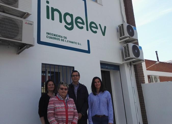 Dos profesoras de La Salle Nantes (Francia) buscan empresas colaboradoras para FP en Paterna