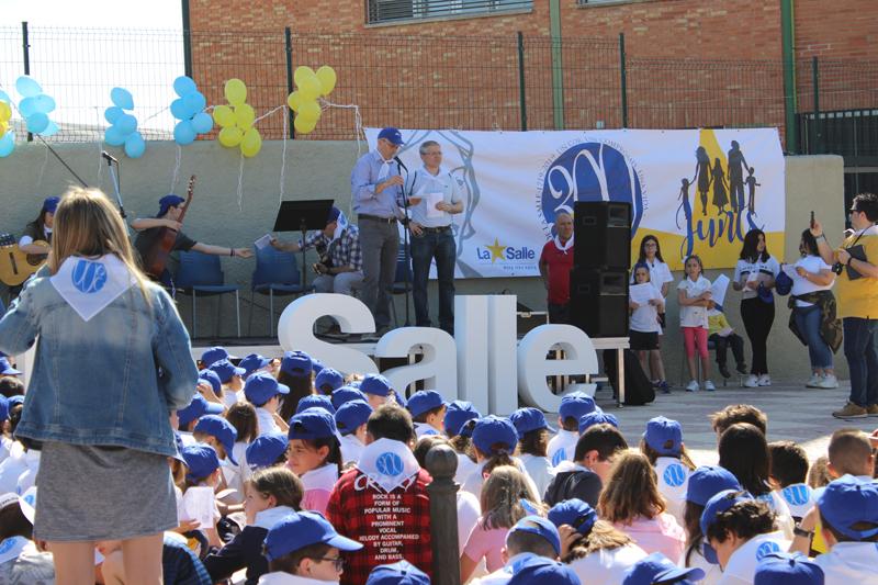 Más de 2000 alumnos de los centros de La Salle en Paterna celebran el Tricentenario de la muerte de San Juan Bautista