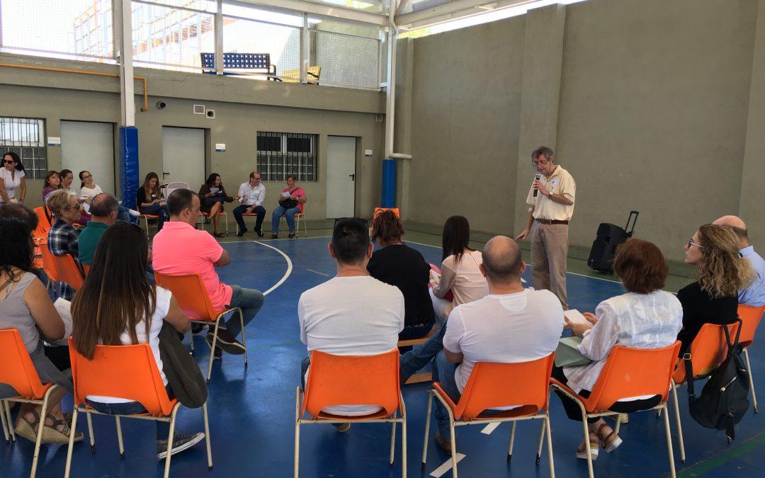 Primer encuentro de familias de los alumnos que preparan la 1ª Comunión