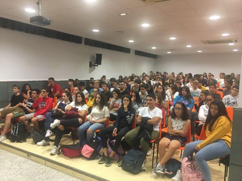 Presentación del proyecto Erasmus+ 'Science is all around' a los alumnos